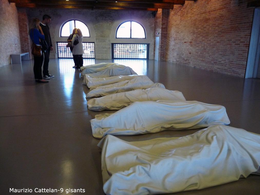 120-maurizio-cattelan-9-gisants