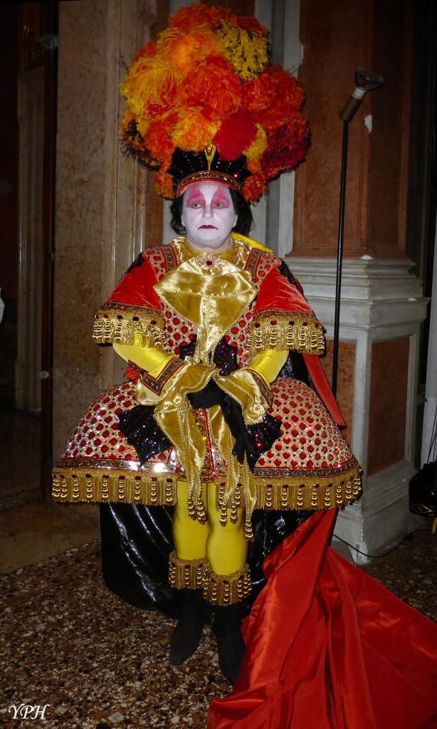 YPH-2014-03-05-danseur-baroque-w