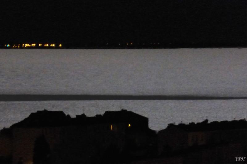 YPH-2015-08-01-illumination-par-la-lune