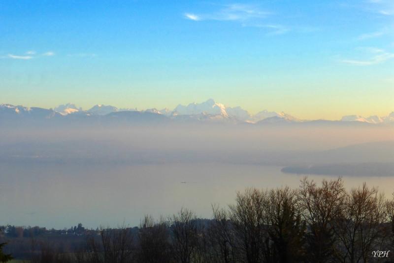 YPH-2015-12-10-lac-Leman-le-soir