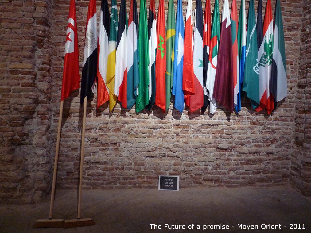 099-drapeaux-2011